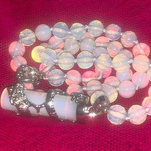 Jewelry - Brand new Unique opal designed pendant necklace